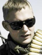 Brian Geraghty wearing Ray-Ban sunglasses in The Hurt Locker