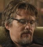 Ethan Hawke wears grey acetate eyeglasses in Juliet Naked