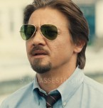 Jeremy Renner wears Ray-Ban 3025 Aviator sunglasses in the movie Kill The Messenger