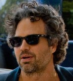 Mark Ruffalo wearing Ray-Ban 2132 New Wayfarer sunglasses in Begin Again
