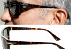The special Phoenix Arrow on the Persol 3074 worn by George Clooney can clearly be seen in this photo. This arrow is a special version of the classic Persol arrow.