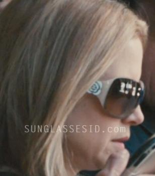 Kelly Preston wears Chanel 6032 sunglasses in the movie Casino Jack.