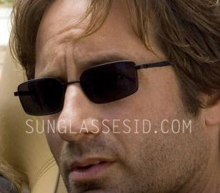 David Duchovny (Hank Moody) wears Izod 725 sunglasses in season 1 and 2 of Calif