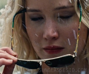 Jennifer Lawrence wearing Toms Navigator sunglasses in Joy