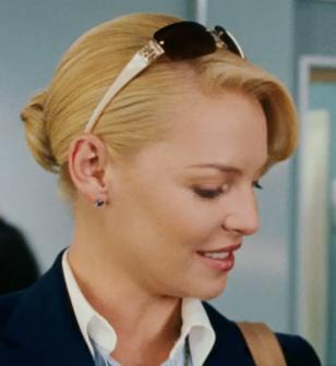 Katherine Heigl wearing sunglasses in the movie The Ugly Truth