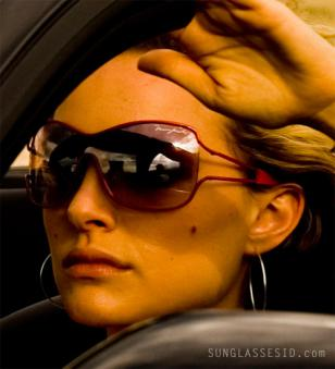 Natalie Portman wearing red Marc Jacobs 050 sunglasses in My Blueberry Nights