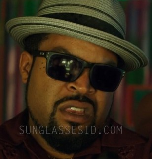 Ice Cube wears Oakley Holbrook sunglasses in the 2014 comedy film 22 Jump Street.