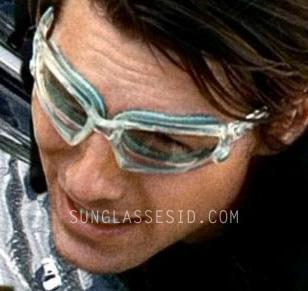 ca3ad0e77def2 The custom made Oakley Wind Jacket glasses in MI4  Ghost Protocol have a  clear frame and light blue snap-in gaskets