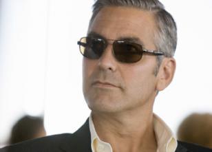 George Clooney wearing Persol 2157 in the movie Ocean's Thirteen