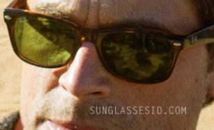 Rob Lowe wearing Ray-Ban 2140 Wayfarer sunglasses in the movie I Melt With You.