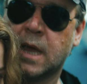 Russell Crowe wearing the Ray-Ban 3025 sunglasses in the movie The Next Three Da