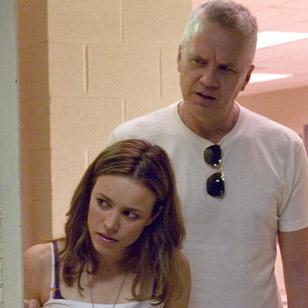 Tim Robbins with Ray-Ban 3136 Caravan sunglasses in The Lucky Ones