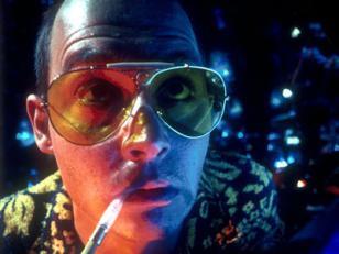 Johnny Depp wearing Ray-Ban 3138 sunglasses