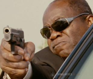 Yaphet Kotto wearing Ray-Ban 3320 sunglasses in Witless Protection