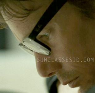 Ethan Hawke wears Ray-Ban RX5184 eyeglasses in the movie The Woman in the Fifth.