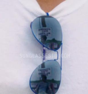 The blue aviator sunglasses in The Way Way Back seem to have mirror lenses