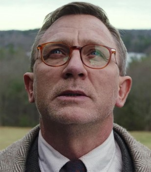 Daniel Craig wears Cutler & Gross 1303-05 Honey Turtle Optical Glasses in the 2019 movie Knives Out.