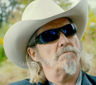 Jeff Bridges wearing a pair of Oakley Gascan sunglasses in the movie R.I.P.D.