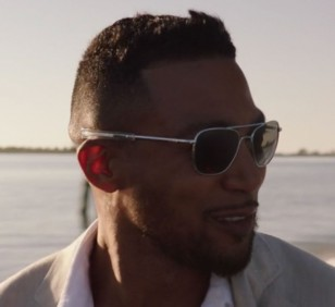 The straight bayonet temples can clearly be seen in this image of Charles Michael Davis wearing Randolph Engineering Aviator sunglasses in NCIS: New Orleans, Season 7, Episode 5.