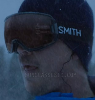 Josh Hartnett wears Smith Vice ski goggles in the movie 6 Below.