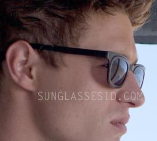 The black sunglasses worn by Max Irons in The Host