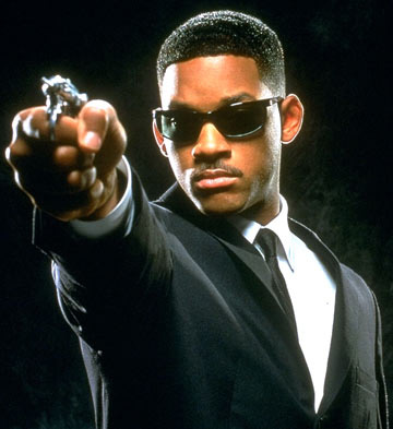 5e18f125993 Will Smith wearing Ray-Ban 2030 Predator sunglasses in Men in Black