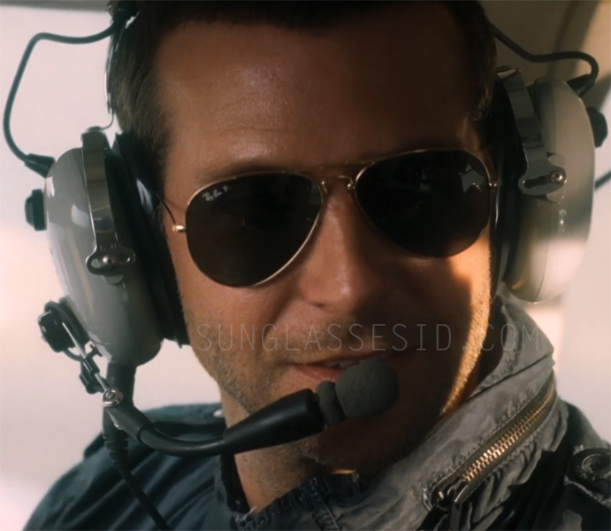 ray ban 3025 aviator sunglasses 61mw  Bradley Cooper wears Ray-Ban Aviator sunglasses with polarised lenses in  Aloha