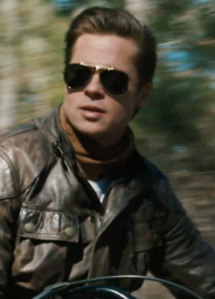 Brad Pitt wearing Ray-Ban 3030 Outdoorsman sunglasses in The Curious ...