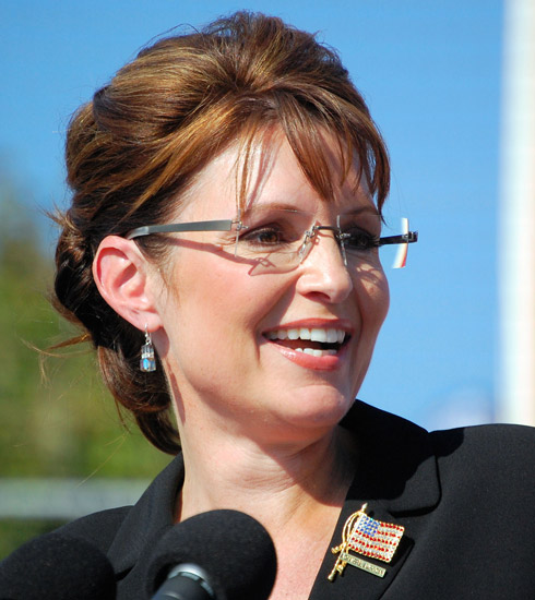 0e8c536ef0 Sarah Palin with her Kazuo Kawasaki by Italee 704 eyeglasses at a rally in  Elon